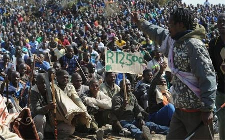 Lonmin Marikana violence photo